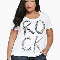 FLASH SALE: 30% – 40% OFF Clearance & 25% OFF ALL Regular Prices at Torrid!!!  (6/5 ONLY!)